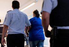 ٻار سان زيادتي جي تصوير: ماء ۽ ساٿي کي ڊگهي اصطلاحن جي سزا