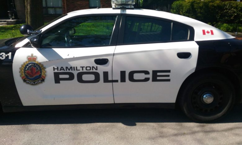 1-dead,-another-in-hospital-after-'double-shooting'-on-red-hill-valley-parkway:-hamilton-police